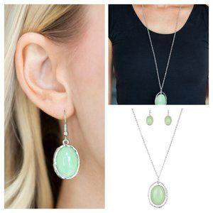 Harbor Harmony - Necklace Green. (014)